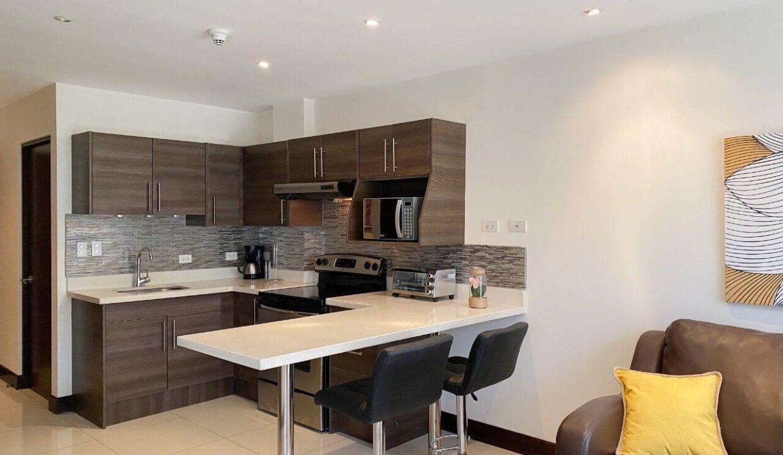 Alquiler-de-apartamentos-condominio-montesol-santa-ana-premier-propiedades (15)