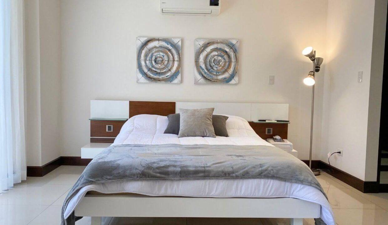 Alquiler-de-apartamentos-condominio-montesol-santa-ana-premier-propiedades (17)