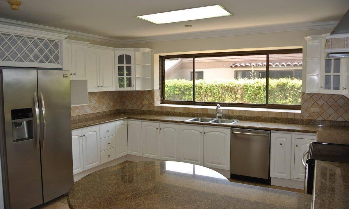 venta-casa-bosques-de-lindora-santa-ana-premium-brokers-3954
