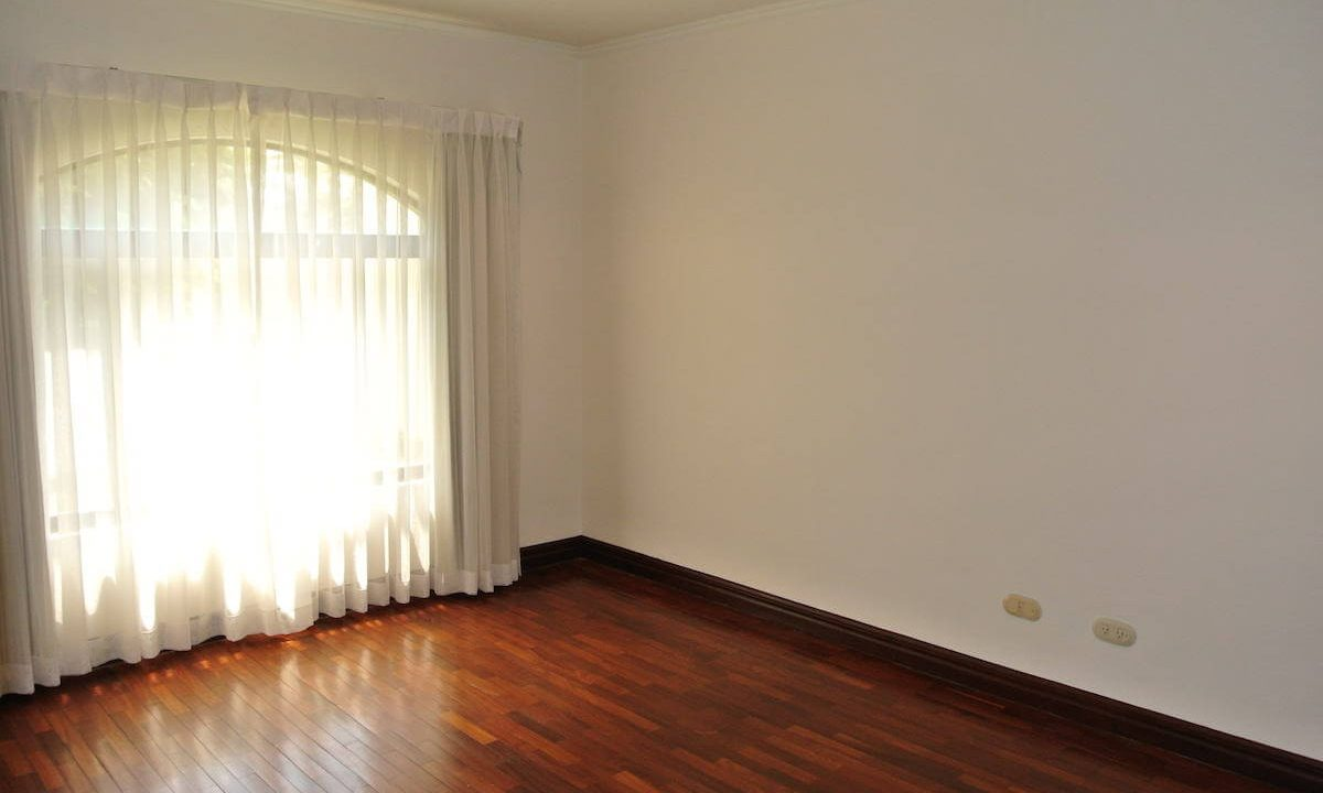 venta-casa-bosques-de-lindora-santa-ana-premium-brokers-3974