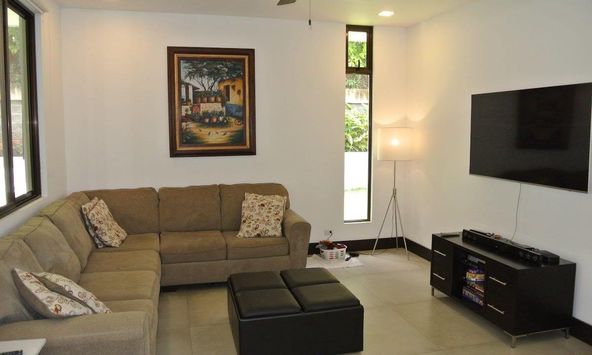 venta-casa-condominio-bosques-de-carao-santa-ana-premier-propiedades (13)