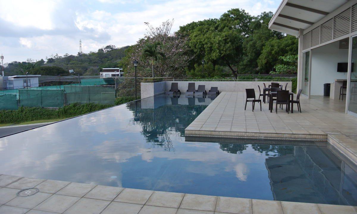 venta-casa-condominio-bosques-de-carao-santa-ana-premier-propiedades (3)