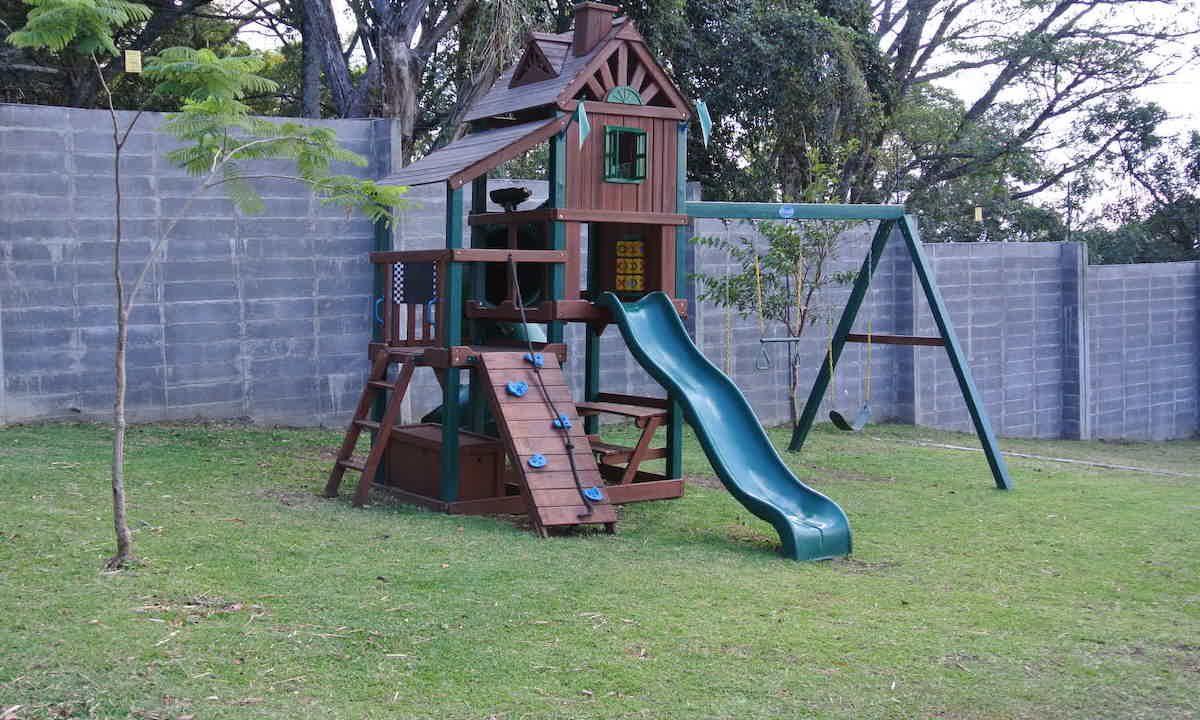 venta-casa-condominio-bosques-de-carao-santa-ana-premier-propiedades (4)
