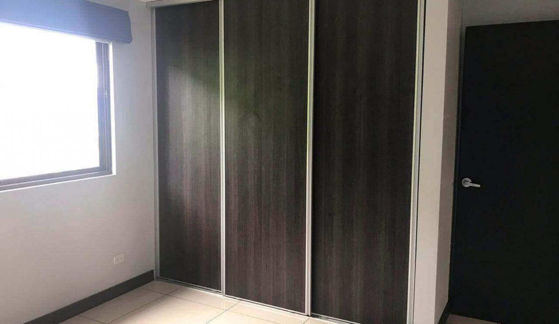 venta-casa-santa-ana-en-condominio-premier-propiedades (1)
