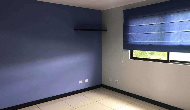 venta-casa-santa-ana-en-condominio-premier-propiedades (10)