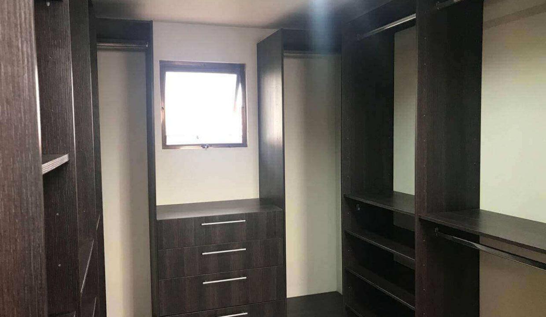 venta-casa-santa-ana-en-condominio-premier-propiedades (14)