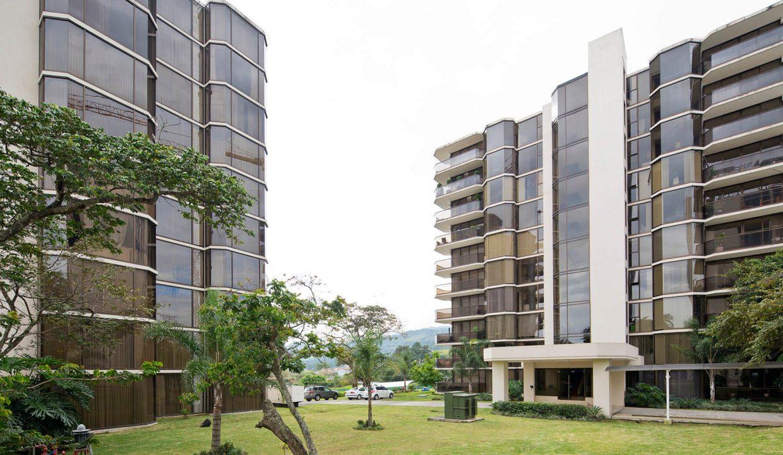 apartamento-condominio-altos-de-marbella-escazu-premier-propiedades (2)