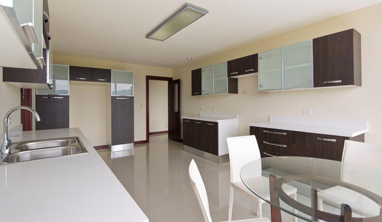 apartamento-condominio-altos-de-marbella-escazu-premier-propiedades (8)