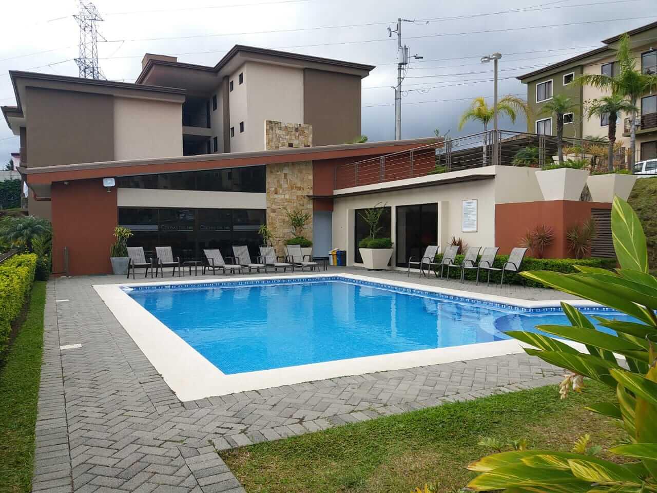 Venta Apartamento en Torres del Sol, carretera vieja a Tres Rios