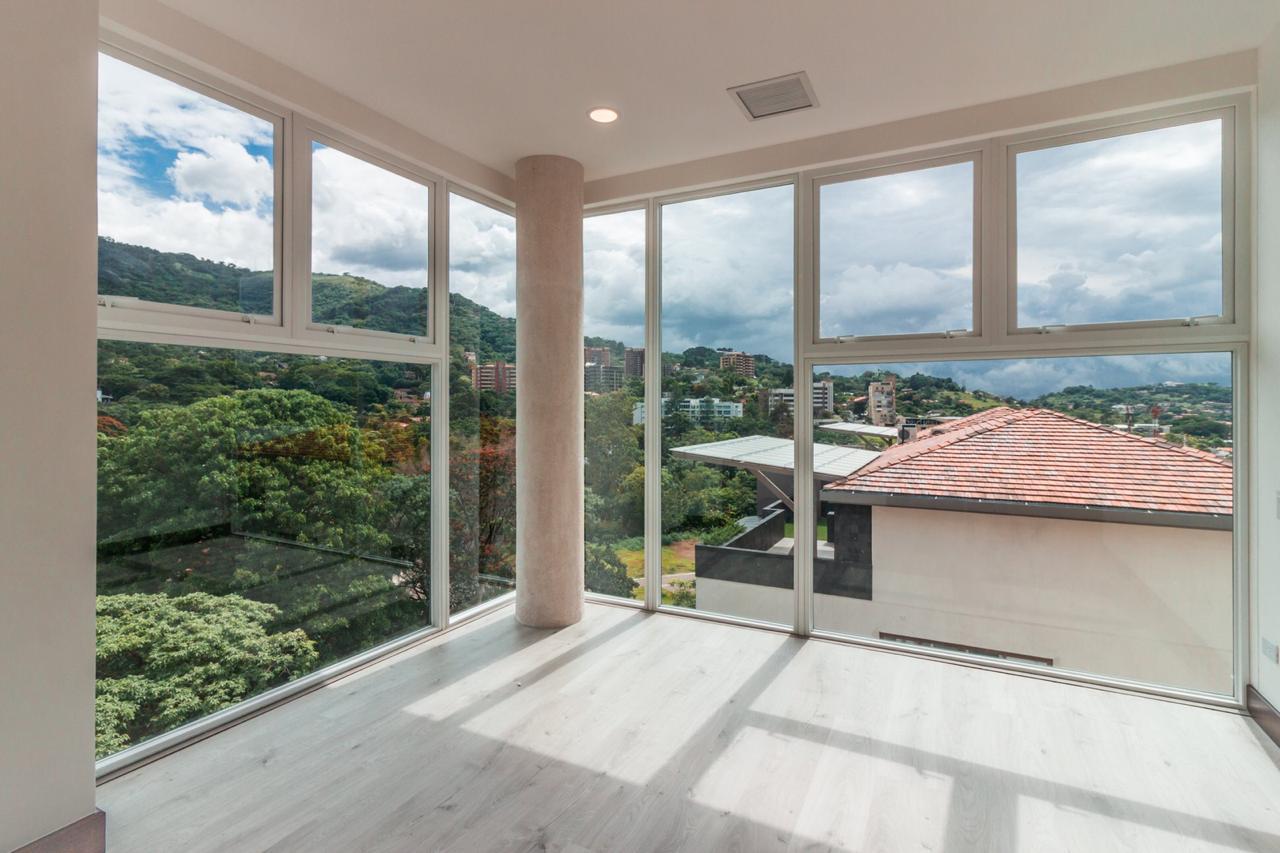 Venta apartamento Torres del Country, Escazú