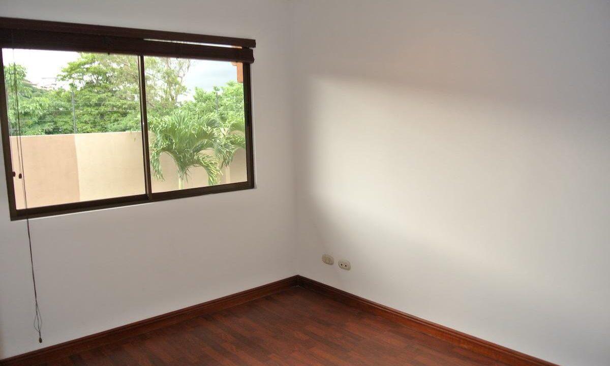 venta-casa-condominio-villas-de-valencia-escazu-ppremier-propiedades (13)