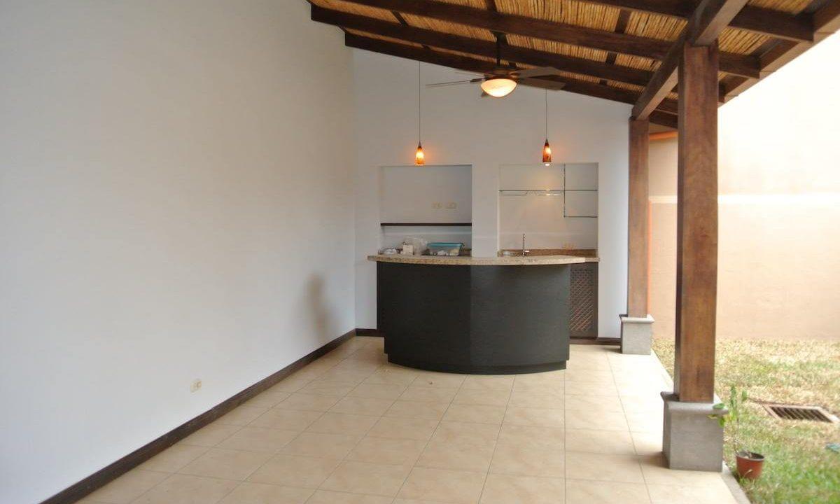 venta-casa-condominio-villas-de-valencia-escazu-ppremier-propiedades (5)