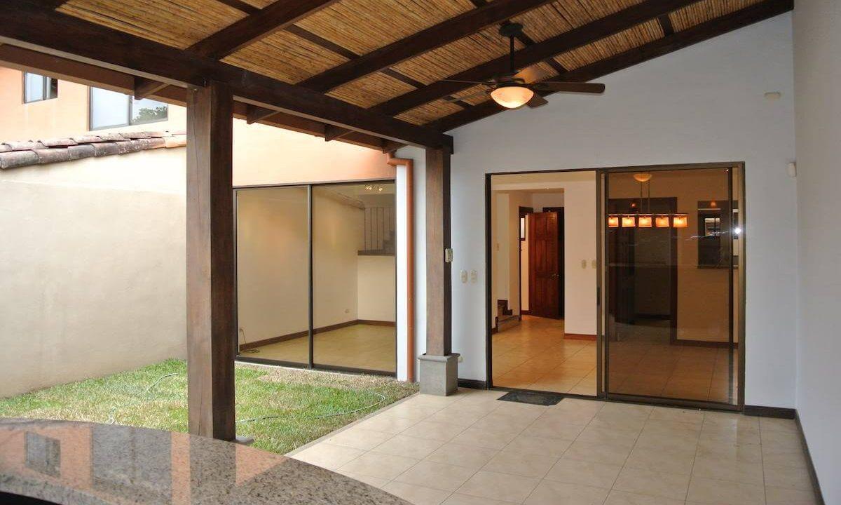 venta-casa-condominio-villas-de-valencia-escazu-ppremier-propiedades (7)