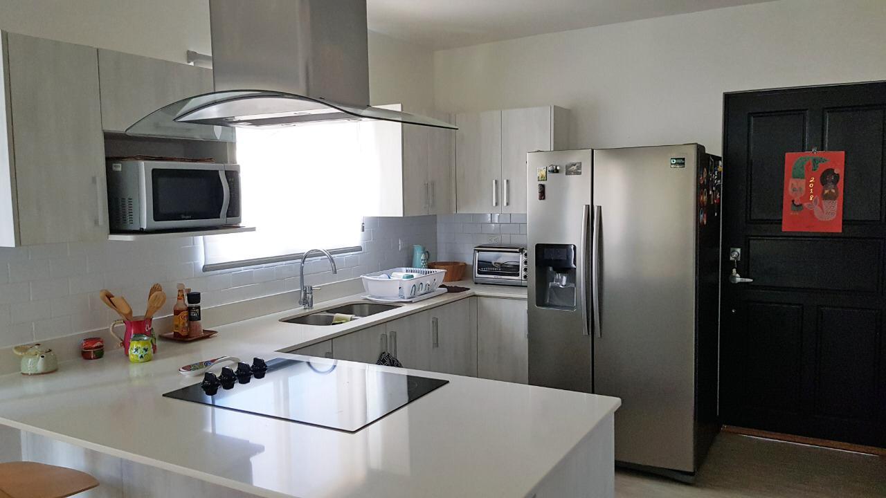 Venta Apartamento en condominio, Río Oro-Santa Ana