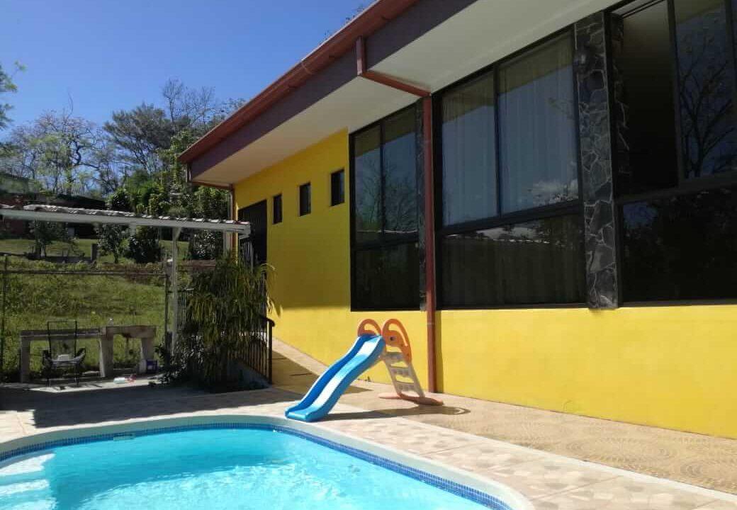 venta-casa-el-rodeo-ciudad-colon-premier-propiedades (11)