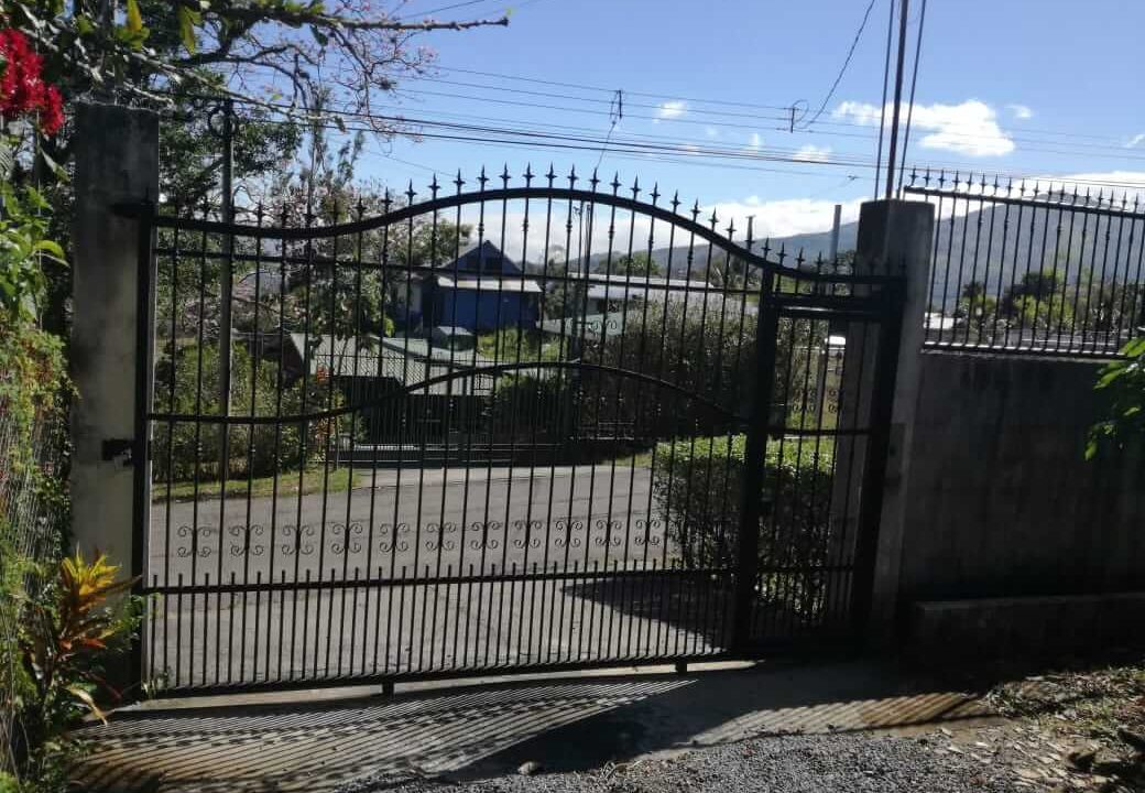 venta-casa-el-rodeo-ciudad-colon-premier-propiedades (12)