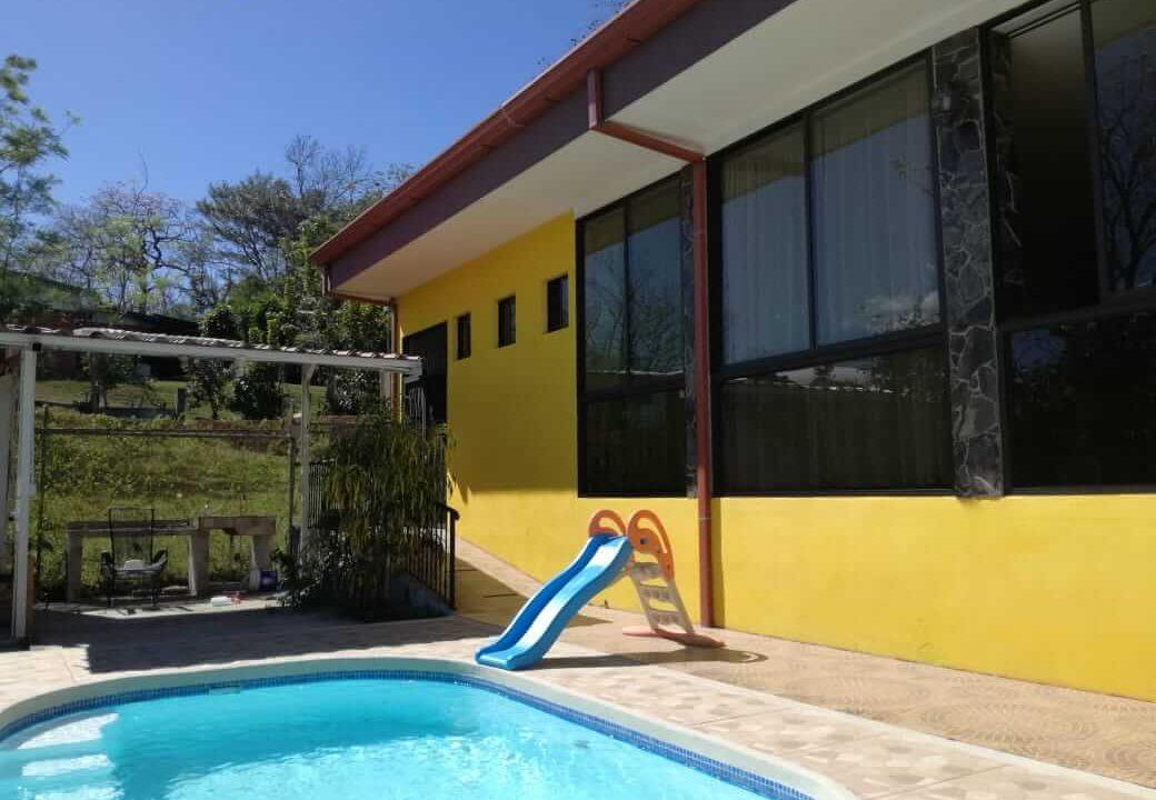 venta-casa-el-rodeo-ciudad-colon-premier-propiedades (17)