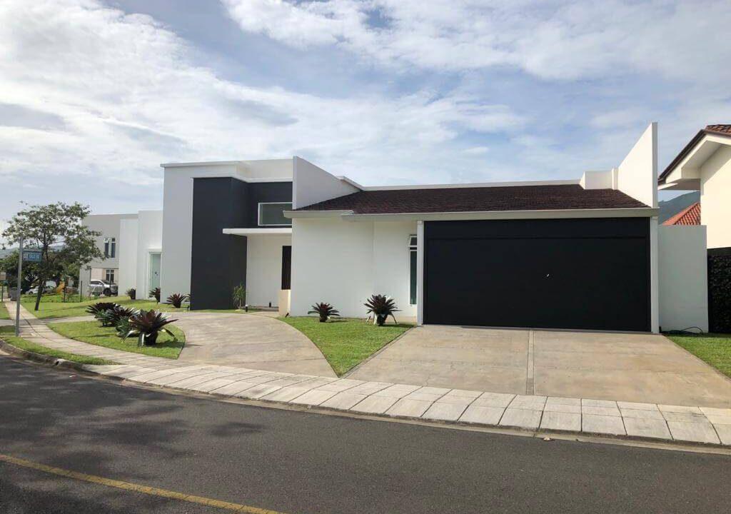 venta-casa-residencial-parque-valle-del-sol-lindora-santa-ana-premier-propiedades (10)