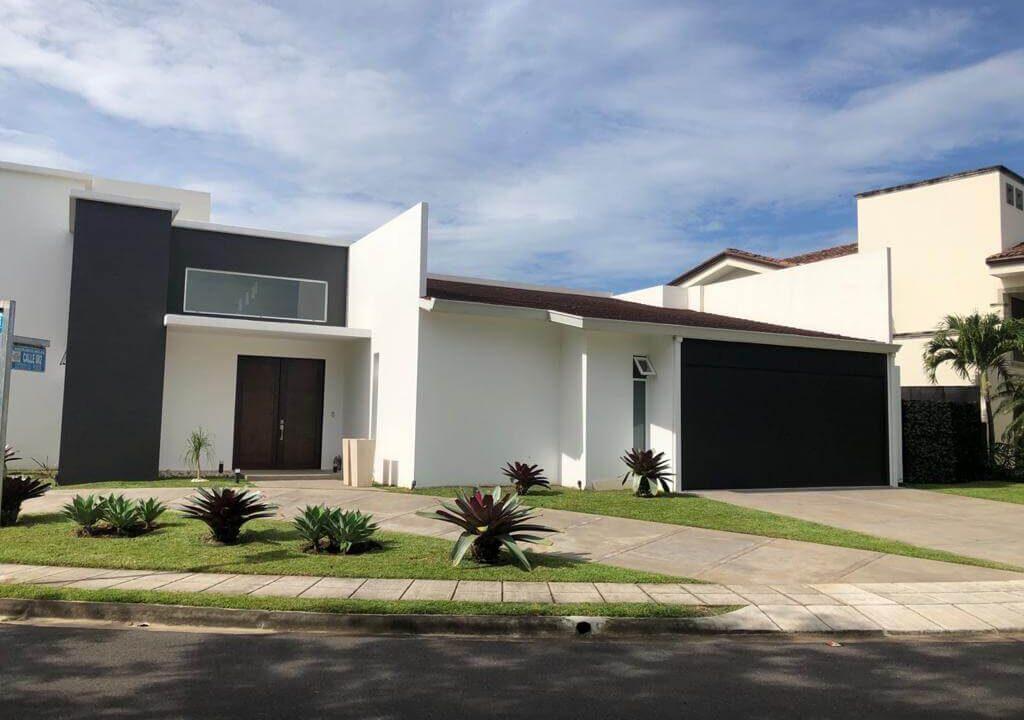 venta-casa-residencial-parque-valle-del-sol-lindora-santa-ana-premier-propiedades (11)