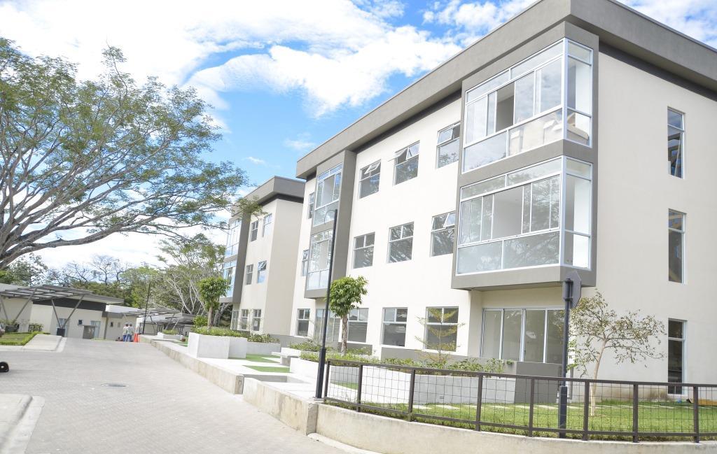 venta-apartamento-en-condominio-lindora-santa-ana-premier-propiedades (4)