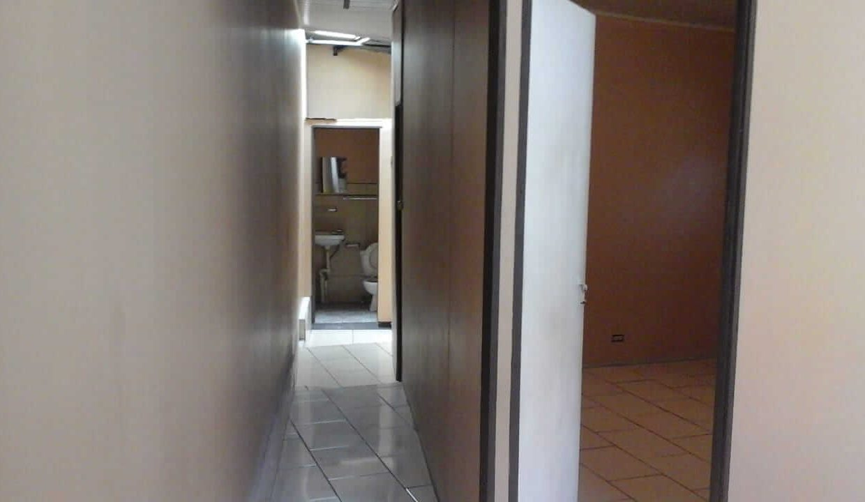 venta-casa-con-apartamentos-piedades-santa-ana-premier-propiedades (6)
