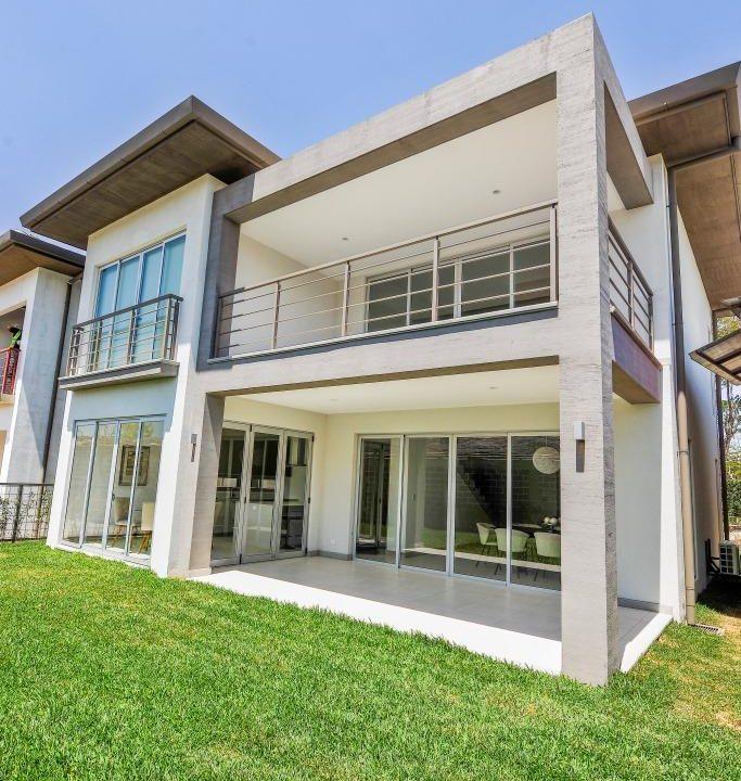 venta-casa-en-condominio-lindora-santa-ana-premier-propiedades (11)