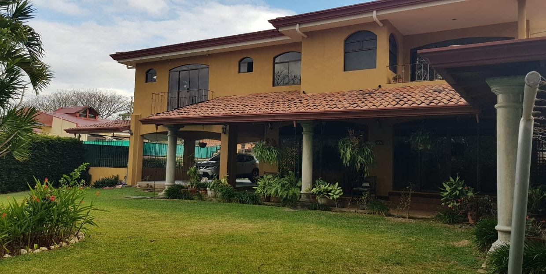 San-rafael-de-escazú-guachipelín-residencial-quinta-real-de-pereira-norte-calle-las-palomas-premier-propiedades (19)