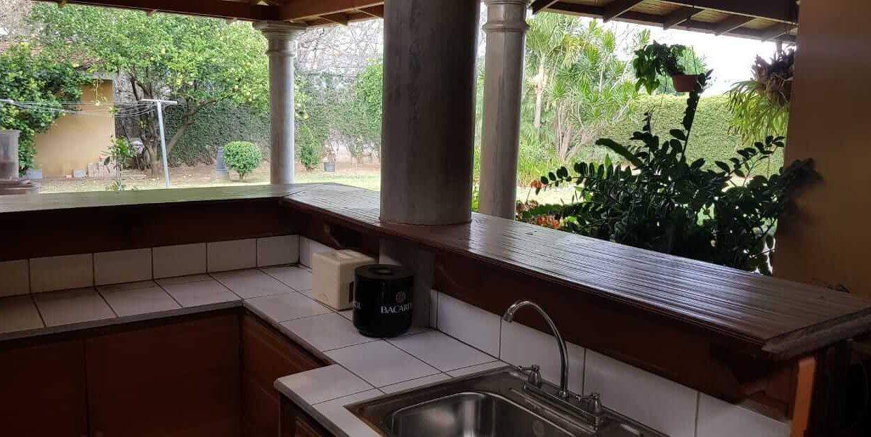 San-rafael-de-escazú-guachipelín-residencial-quinta-real-de-pereira-norte-calle-las-palomas-premier-propiedades (5)
