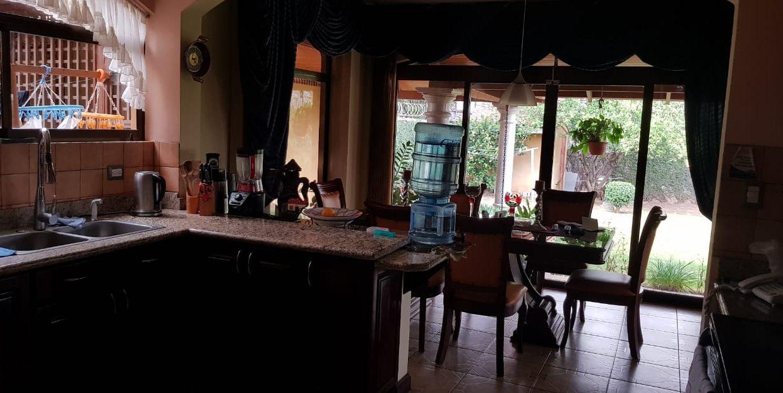 San-rafael-de-escazú-guachipelín-residencial-quinta-real-de-pereira-norte-calle-las-palomas-premier-propiedades (7)