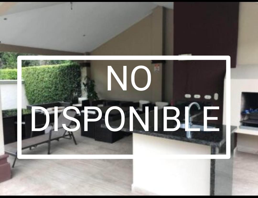 Venta Casa en Condominio Privado en Santa Ana