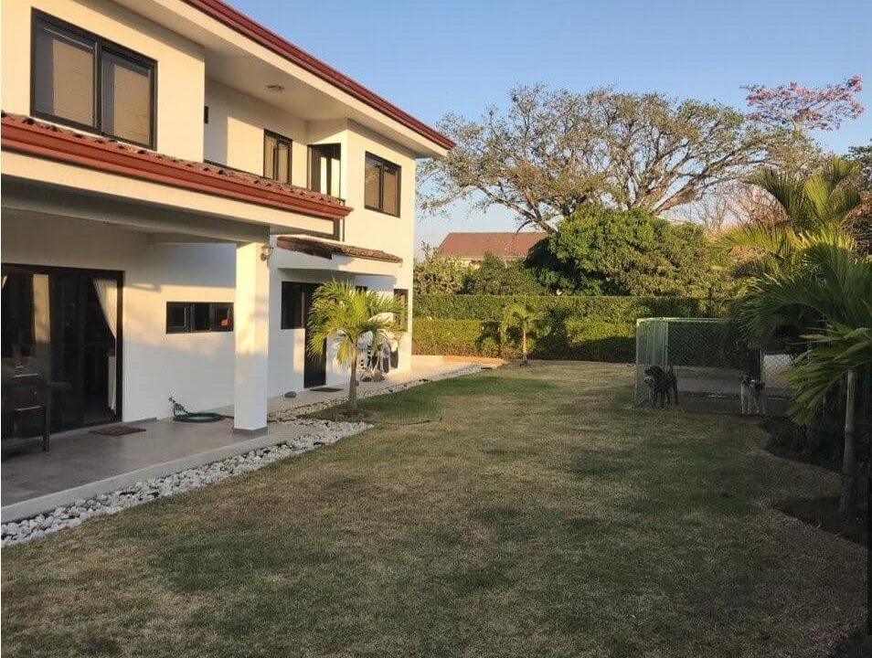 venta-casa-condominio-los balcanes-santa-ana-premier-propiedades (23)
