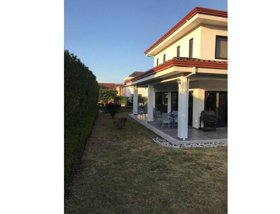 venta-casa-condominio-los balcanes-santa-ana-premier-propiedades (4)