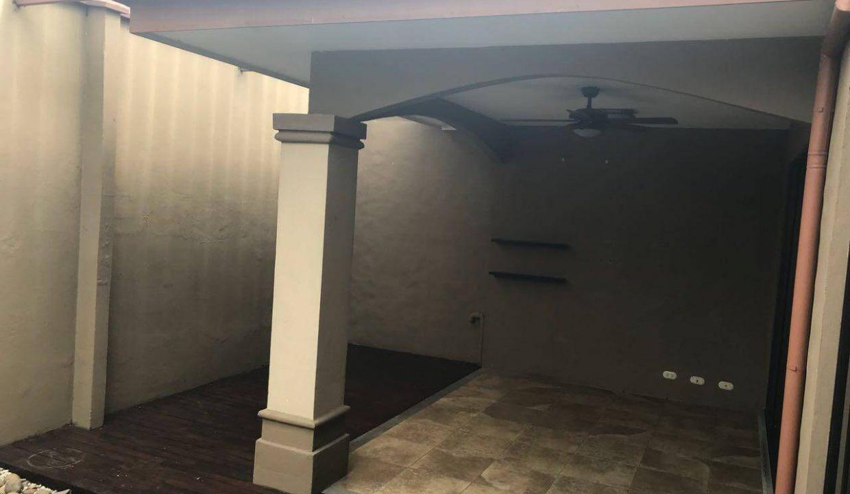 venta-casa-condominio-monte-real-lindora-santa-ana-premier-propiedades (4)