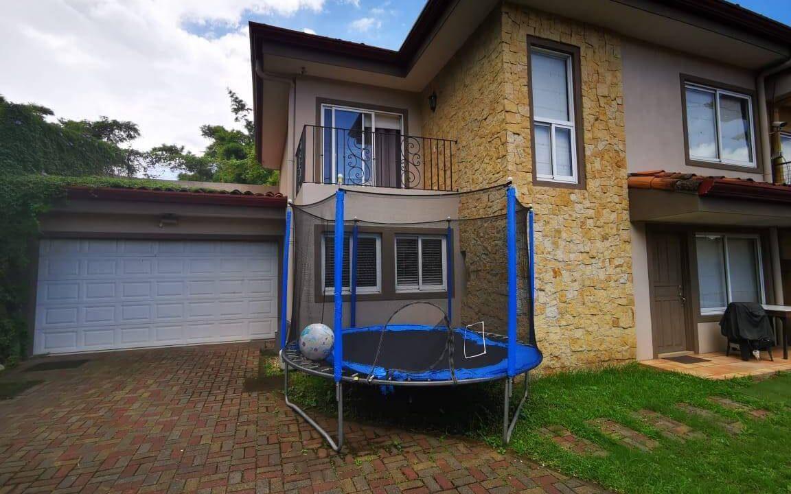 venta-casa-independiente-piedades-santa-ana-premier-propiedades (13)
