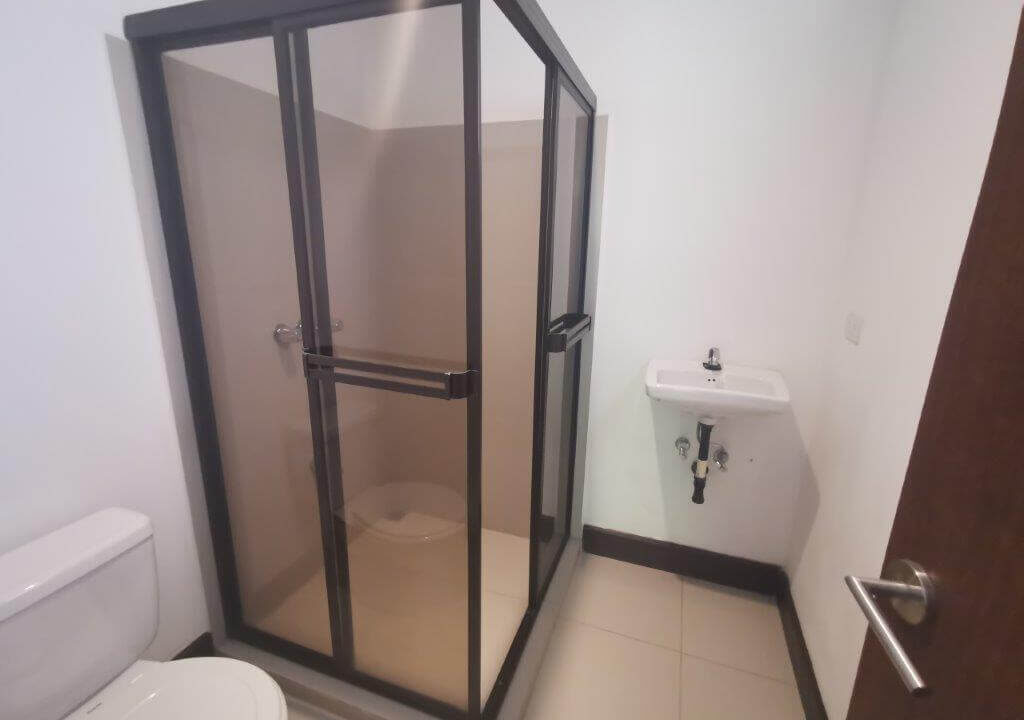 alquilerde-de-casa-en-condominio-parques-del-sol- brasil-de-santa-ana-premier-propiedades (6)