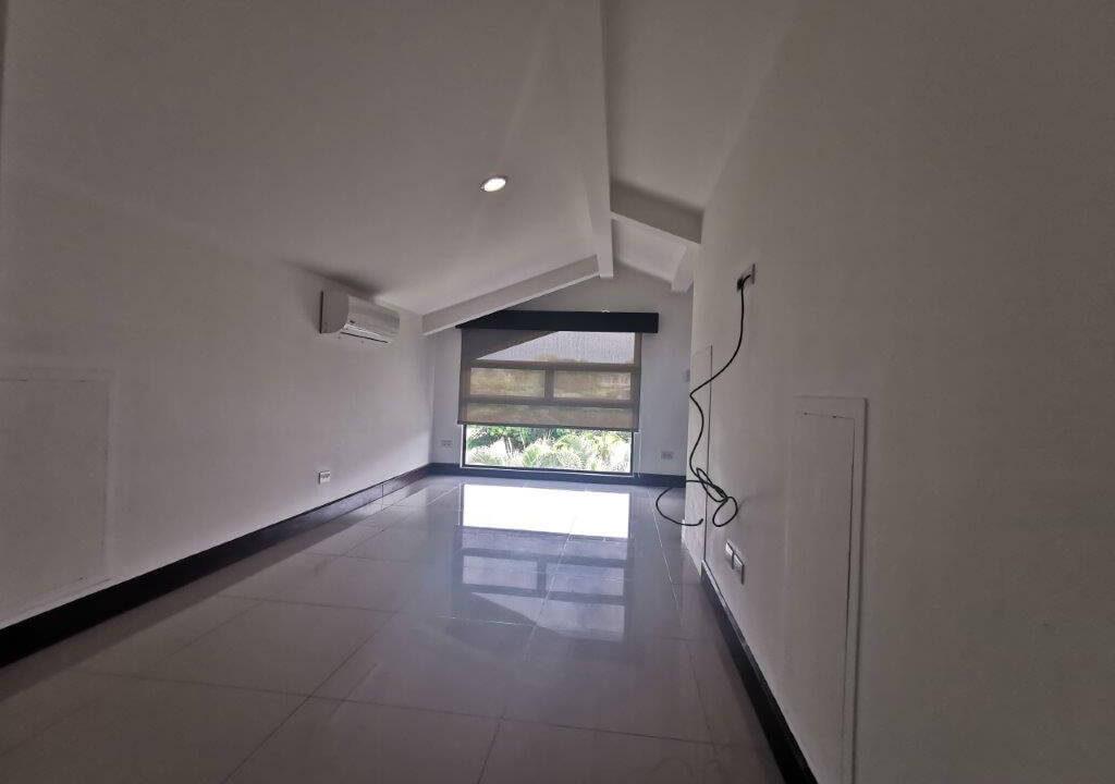 alquilerde-de-casa-en-condominio-parques-del-sol- brasil-de-santa-ana-premier-propiedades (7)