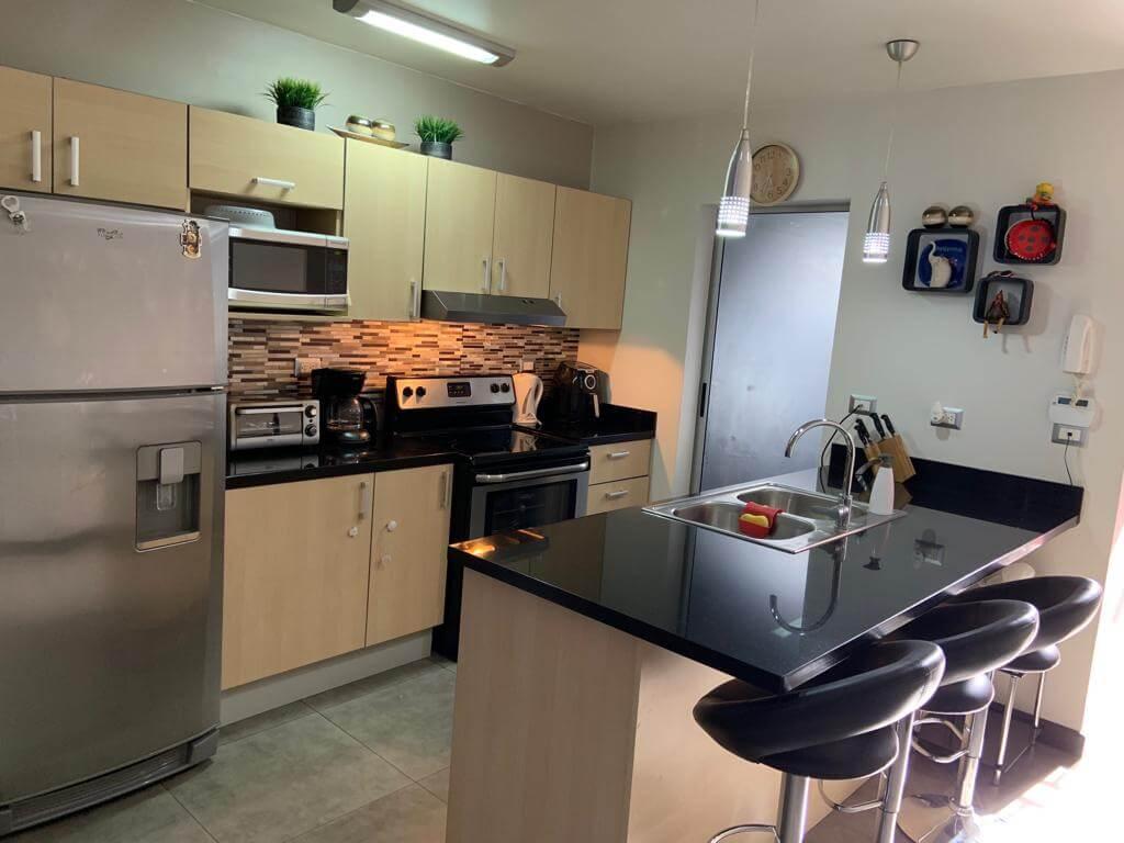 Se vende Apartamento moderno en Residencial Bosques de Santa Ana