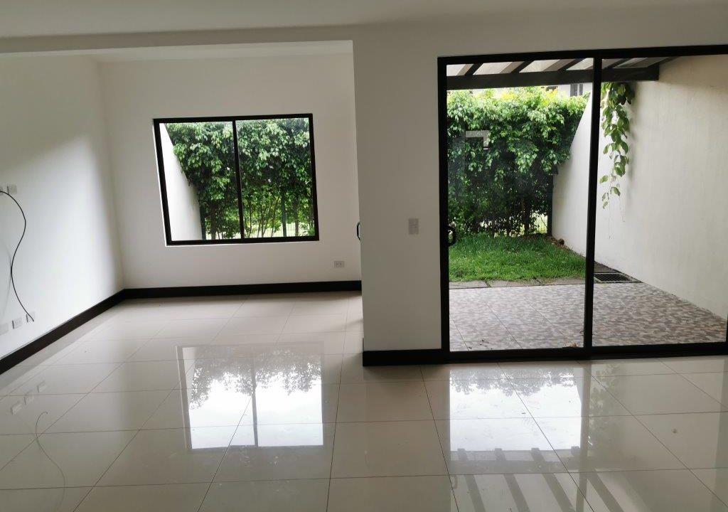 venta-casa-tipo-towns-house-en-Condominio-Parques-del-Sol-Santa-Ana-premier-propiedades (5)