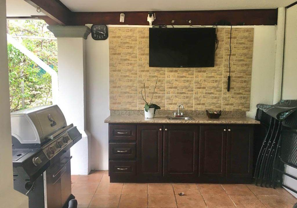 SE-VENDE-Casa- en-Bosque Dorado, Piedades- de-Santa-Ana-premier-propiedades (7)