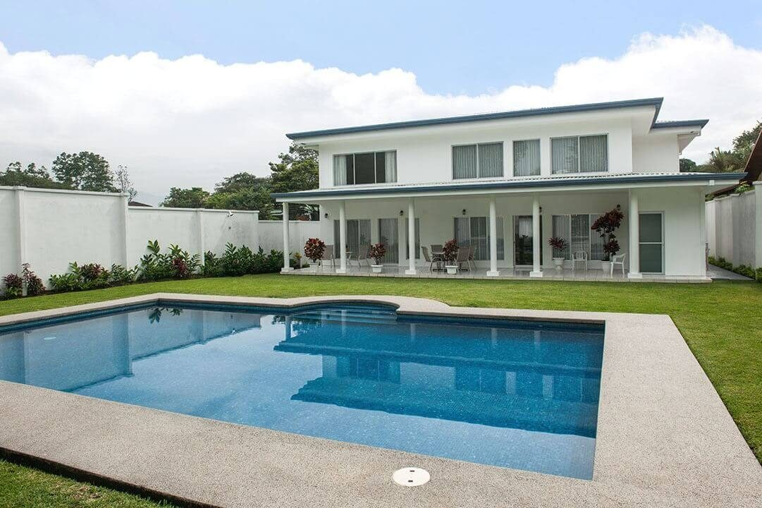 alquiler-casa-brasil-de-mora-ciudad-colon-santa-ana (12)