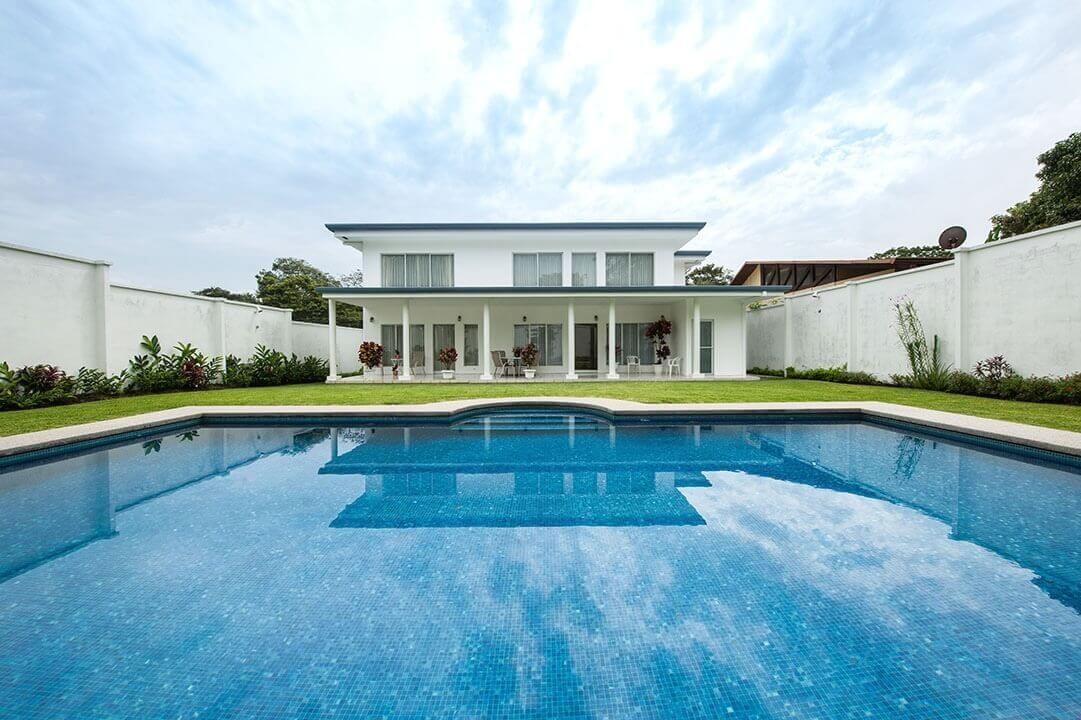alquiler-casa-brasil-de-mora-ciudad-colon-santa-ana (29)