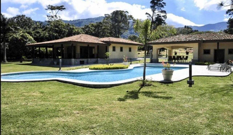 condominio-villamont-santa-ana-premier-propiedades (2)