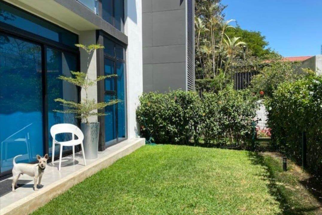 venta-apartamento-en-condominio-guachipelin-escazu-premier-propiedades (1)