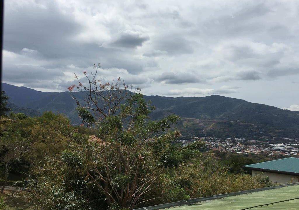 venta-casa-Urbanización- Loma- Real-Pozos- Santa Ana-Guachipelín-Escazú-premier-propiedades (15)