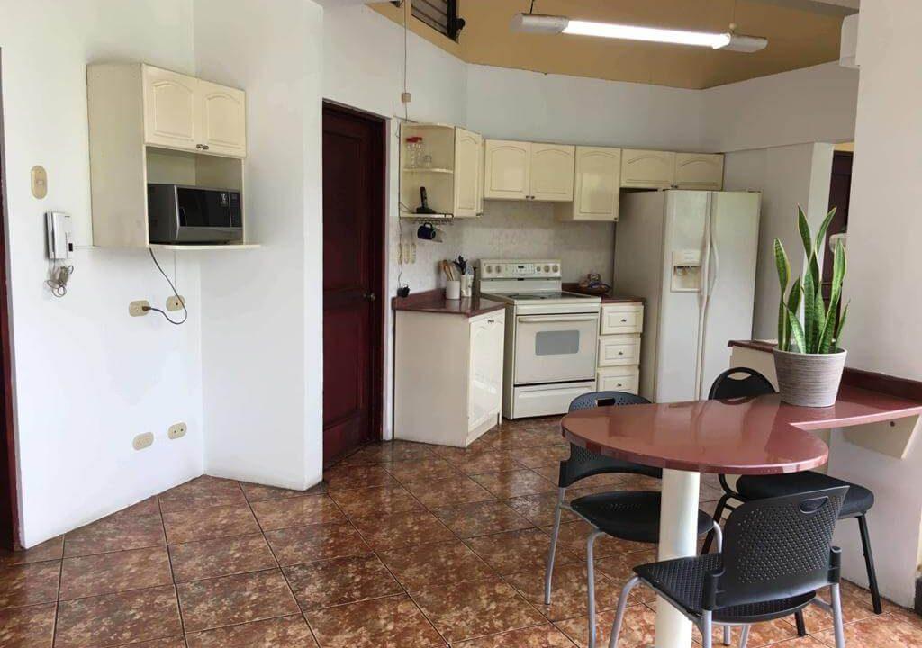 venta-casa-Urbanización- Loma- Real-Pozos- Santa Ana-Guachipelín-Escazú-premier-propiedades (6)