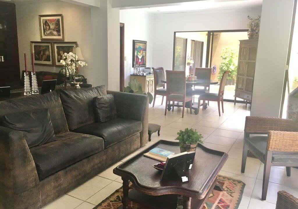 venta-casa-en-Condominio-Montemar-Urbanización Loma Real-guachipelin-escazu-premier-propiedades (10)