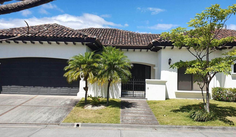 Venta-casa-una-planta-en Santa Ana-Lindora-Condominio-Vista-Verde-premier-propiedades (1)
