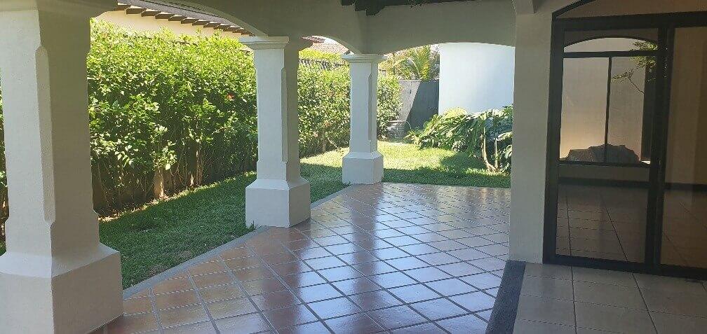 Venta-casa-una-planta-en Santa Ana-Lindora-Condominio-Vista-Verde-premier-propiedades (16)