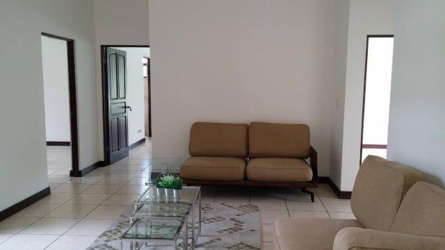 Venta-casa-una-planta-en Santa Ana-Lindora-Condominio-Vista-Verde-premier-propiedades (22)