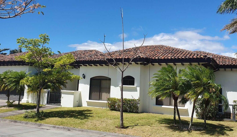Venta-casa-una-planta-en Santa Ana-Lindora-Condominio-Vista-Verde-premier-propiedades (3)